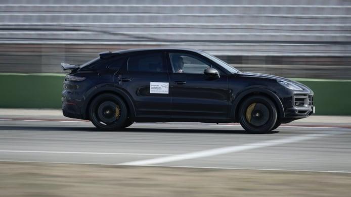 Foto prototipo Porsche Cayenne Turbo S Coupé - exterior