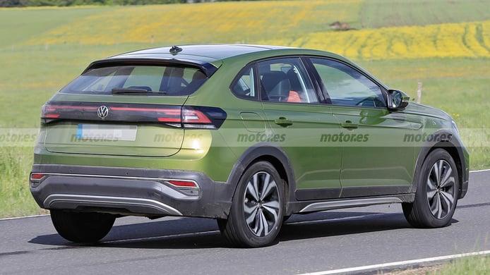 Volkswagen Taigo - foto espía posterior