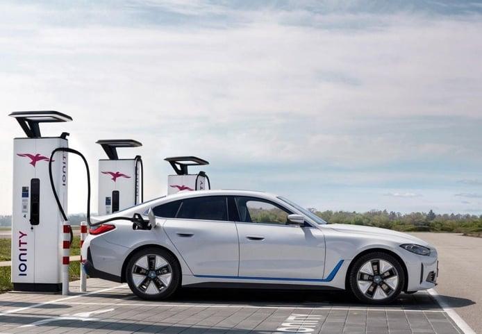 Foto BMW i4 2021 - exterior