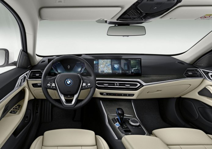 Foto BMW i4 2021 - interior