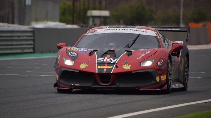 Sergio Paulet en acción con su Ferrari 488 Challenge Evo
