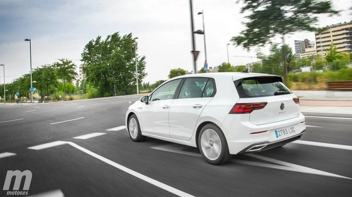 Volkswagen Golf - posterior