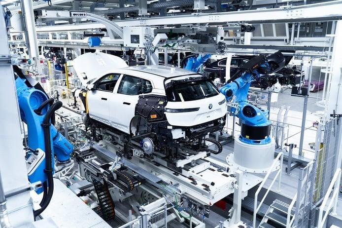 Foto producción BMW iX