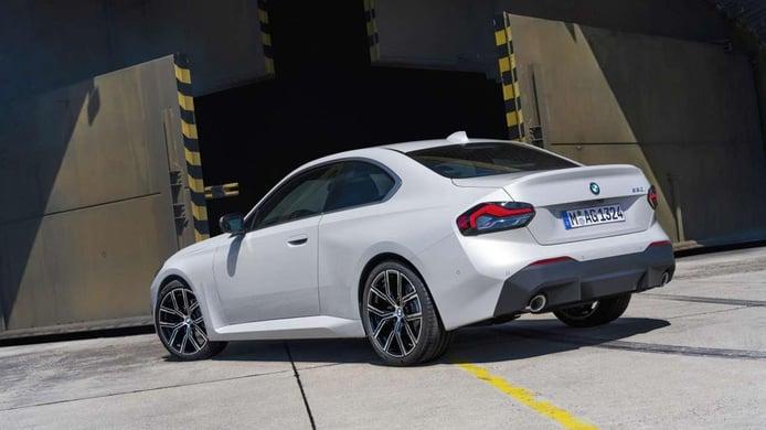 BMW Serie 2 Coupé 2022 - posterior