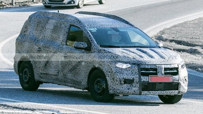 Dacia crossover 7 plazas - foto espía