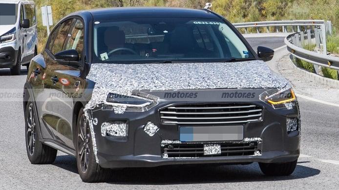 Ford Focus Active 2022 - foto espía