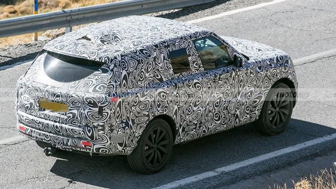 Range Rover híbrido - foto espía posterior