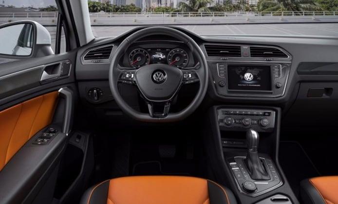 Volkswagen Tiguan 2016 - interior