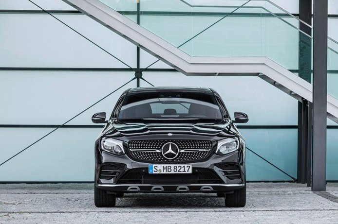 Mercedes-AMG GLC 43 4MATIC Coupé - frontal