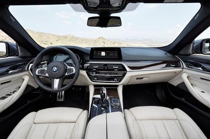 BMW Serie 5 2017 - interior