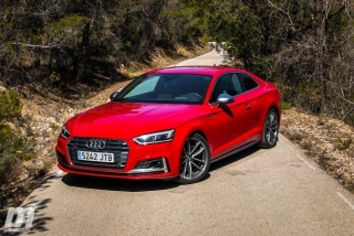 Foto 1 - Audi S5 Coupé