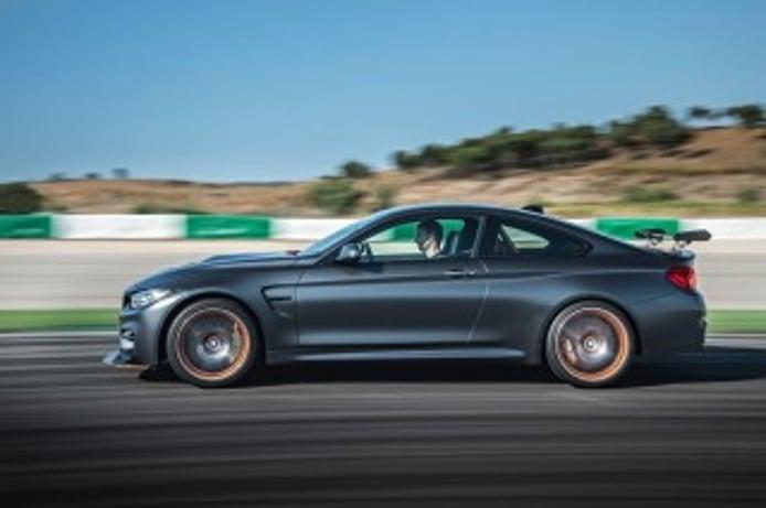 Foto 3 - BMW M4 GTS 2016