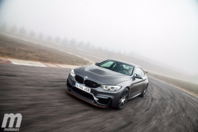 Foto 2 - BMW M4 GTS y M4 CS