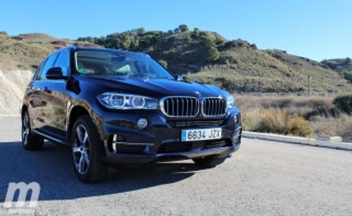 Foto 2 - Fotos BMW X5 xDrive40e iPerformance