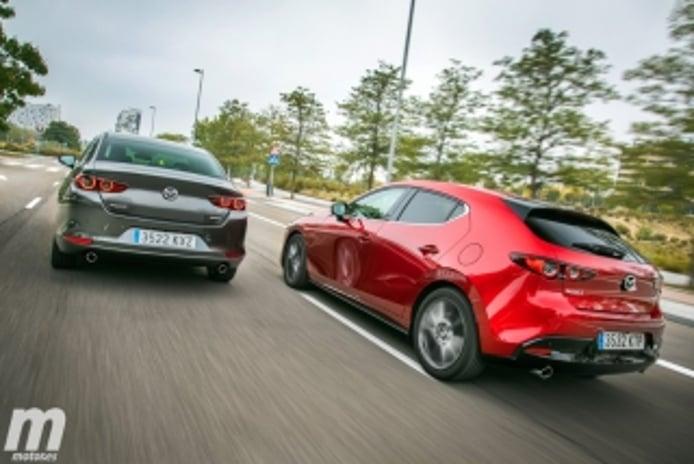 Foto 2 - Fotos comparativa Mazda3 5 Puertas vs Sedán