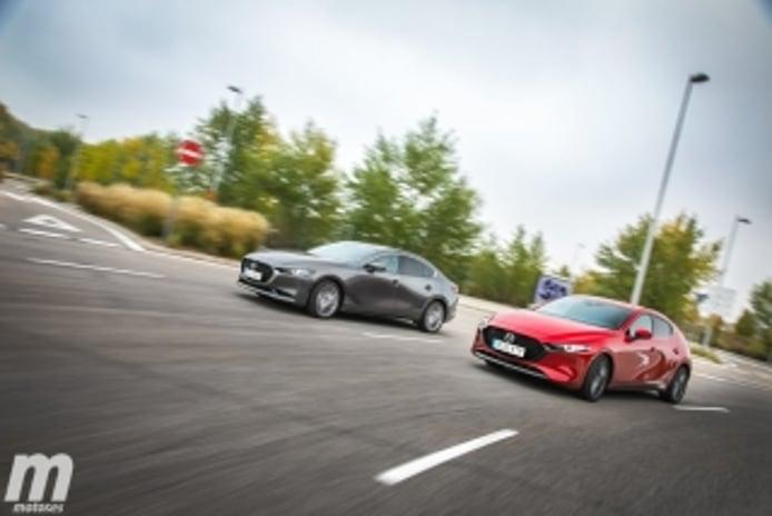 Foto 3 - Fotos comparativa Mazda3 5 Puertas vs Sedán