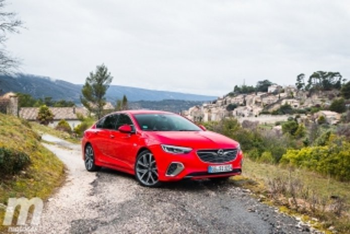 Foto 1 - Fotos Opel Insignia GSi