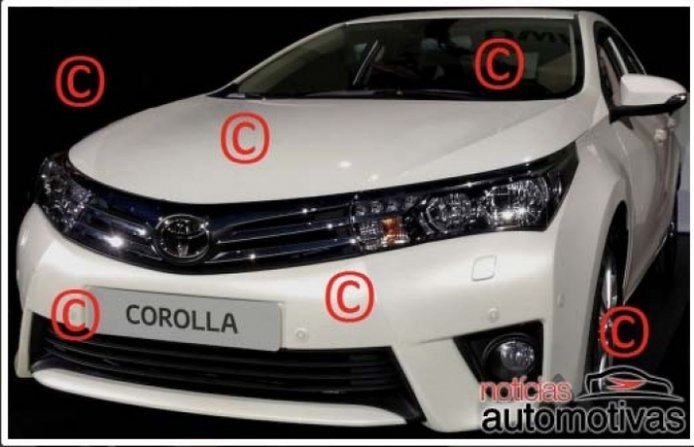 Nuevo Toyota Corolla fotografiado sin camuflajes