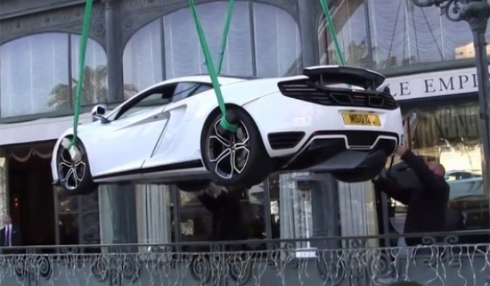 McLaren MP4-12C MSO Concept aterriza en Mónaco (literalmente)
