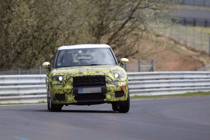 MINI Countryman 2016, de pruebas en Nürburgring