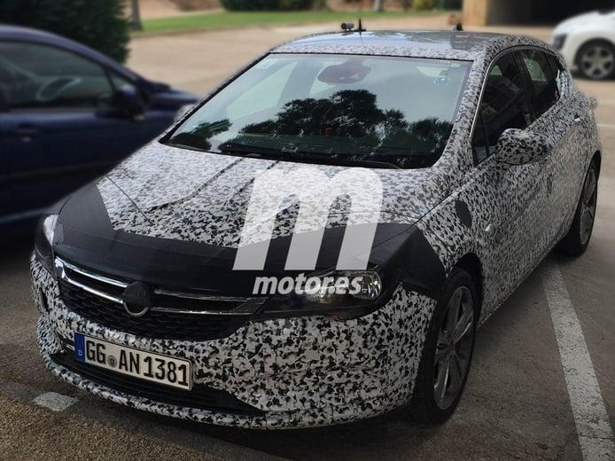 Opel Astra híbrido, primeras evidencias de su desarrollo