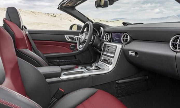 Mercedes SLC 2016 - interior