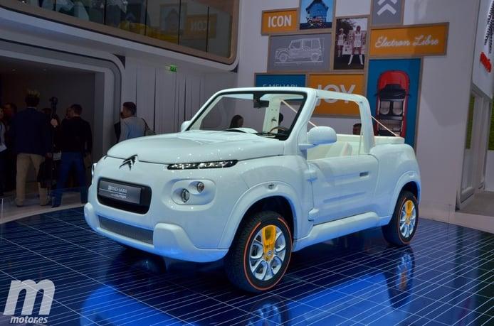 Citroën E-Mehari styled by Courrèges, blanco sobre blanco