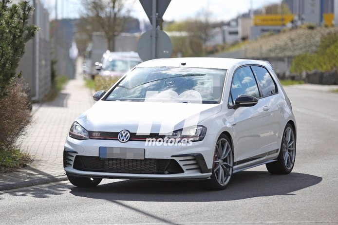 Volkswagen Golf GTI Clubsport S, ¡primeras fotos espía del GTI más radical!