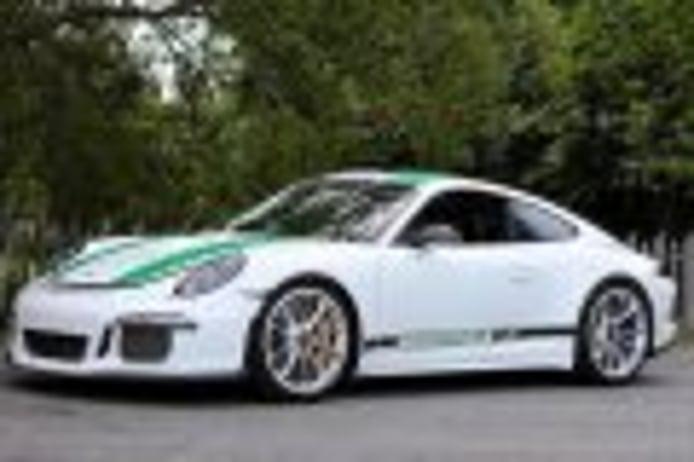 Los Porsche 911 R 2016 y 928 CS prototipo ex Derek Bell nuevos récords absolutos