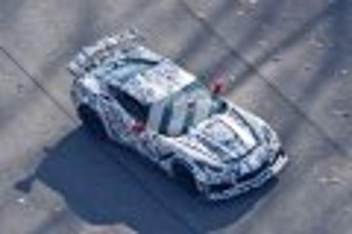 Chevrolet Corvette E-Ray: cazado el primer prototipo probando un sistema eléctrico