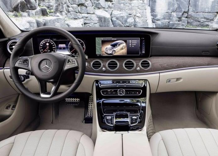 Mercedes Clase E All-Terrain 2017 - interior