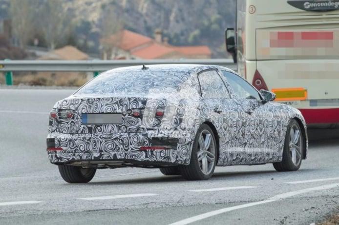 Audi A6 2018 - foto espía posterior