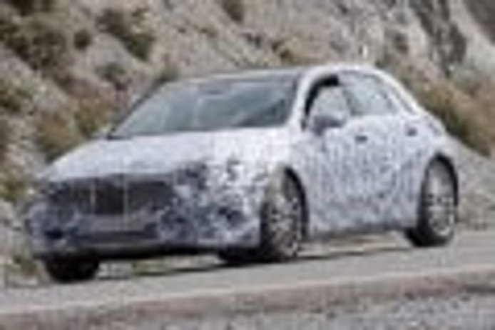 Mercedes Clase A 2018: la nueva generación tendrá versión eléctrica pura