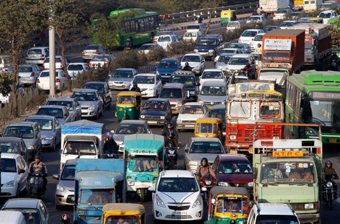 Tráfico en Nueva Delhi