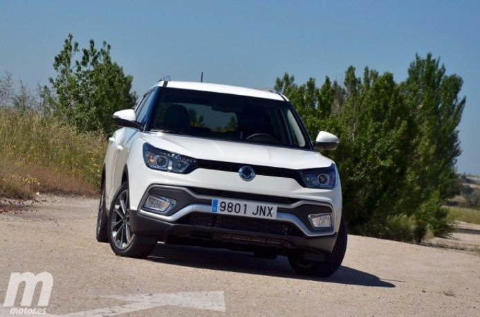 SsangYong XLV 2017 - frontal
