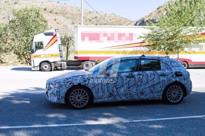 Mercedes Clase A Plug-in Hybrid - fotos espía