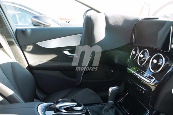 Mercedes Clase C 2018 - foto espía interior