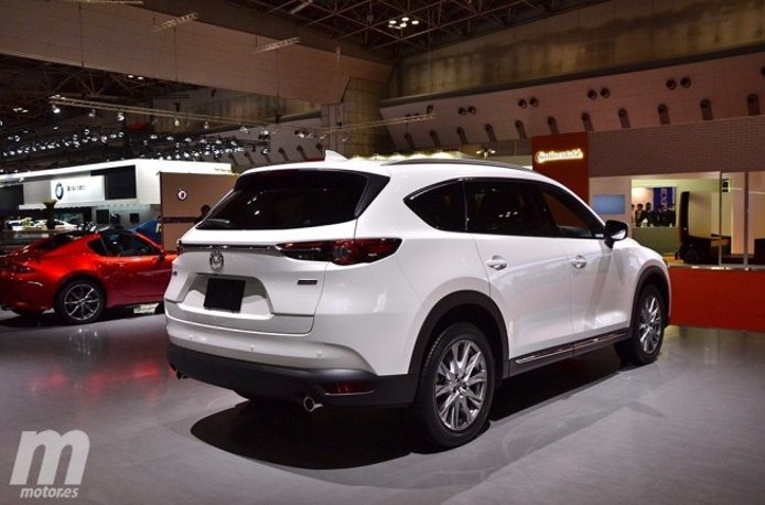 Mazda CX-8 2018 - posterior