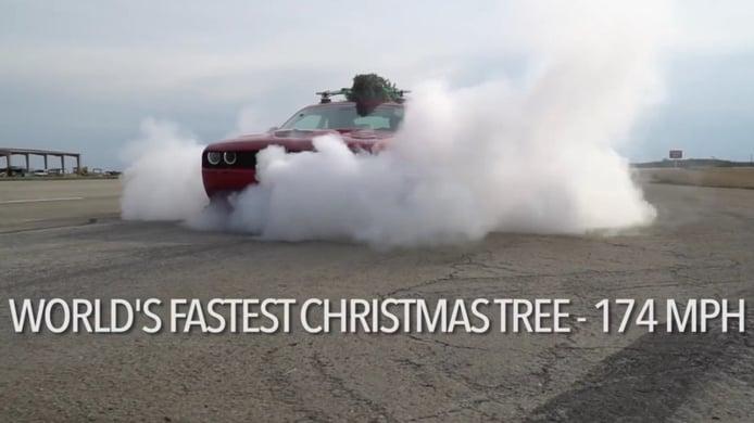 Hennessey presenta el árbol de navidad más rápido del mundo