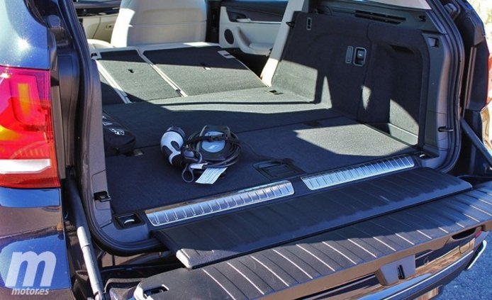 BMW X5 xDrive40e iPerformance - maletero