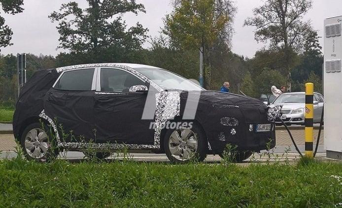 Hyundai Kona EV - foto espía