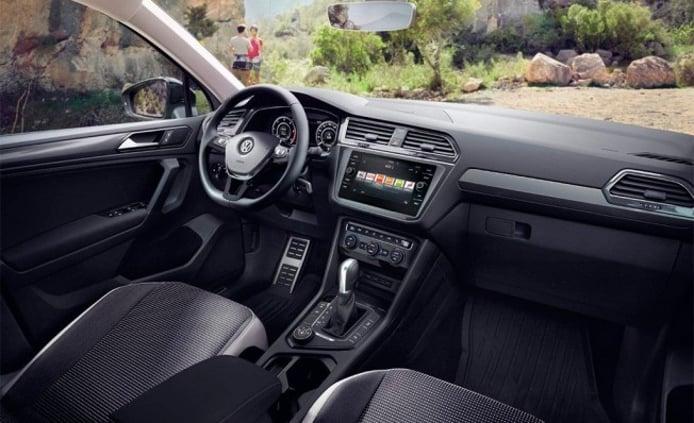 Volkswagen Tiguan Offroad - interior