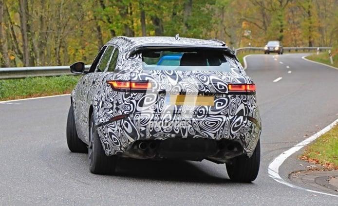 Range Rover Velar SVR - foto espía posterior