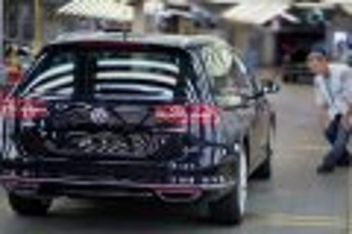 Volkswagen baraja encargar a Skoda la producción del Passat
