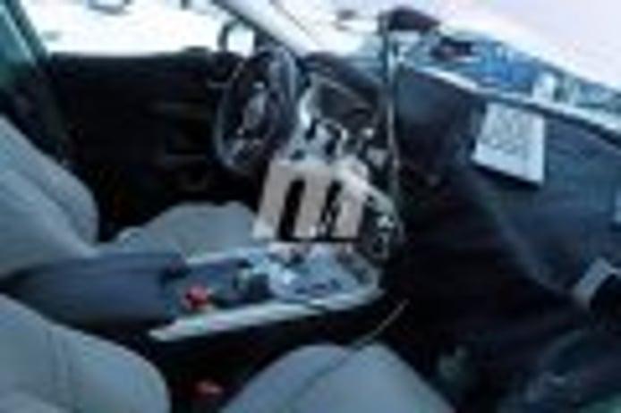 Un vistazo al interior del nuevo Jaguar XE 2019, se avecinan cambios