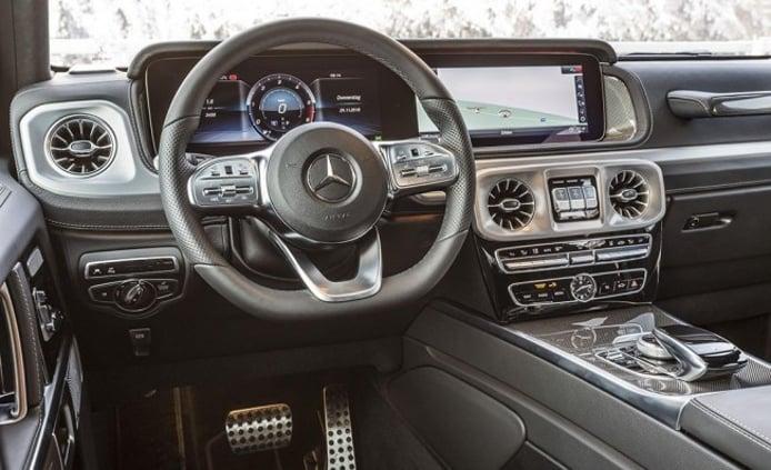 Mercedes G 350 d - interior