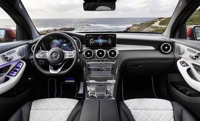 Mercedes GLC Coupé 2019 - interior