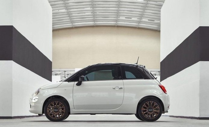 Fiat 500 120th - lateral