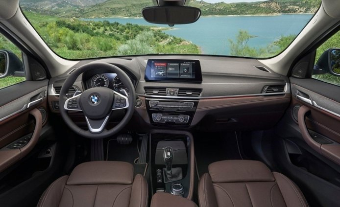 BMW X1 2020 - interior
