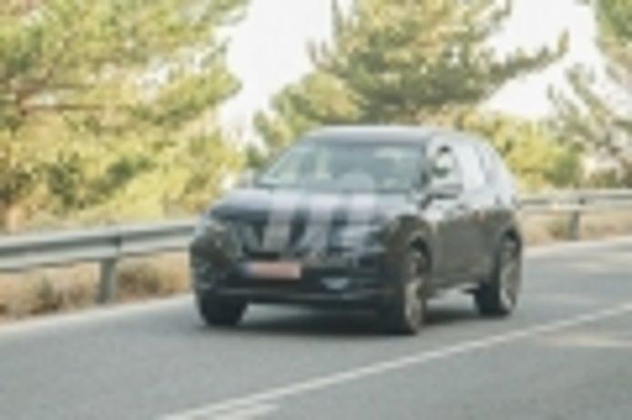 El nuevo Nissan X-Trail tendrá versión híbrida enchufable y estas son sus primeras fotos
